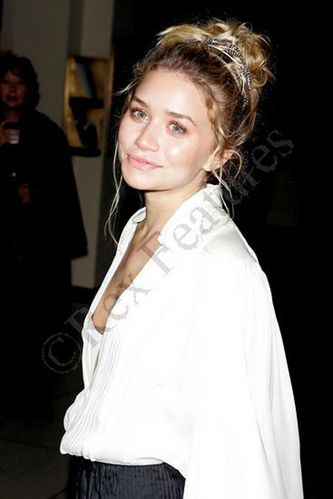 Ashley Olsen Nipple Slip Pictures